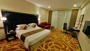 Book Taw Win Garden Hotel with Myanmar Travel Agency